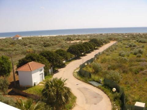 View and way to beach Praia Lota