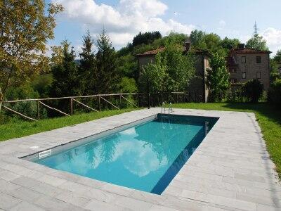shared pool+ shared garden