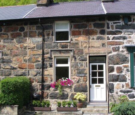 Arosfa self catering holiday cottage in Beddgelert, Snowdonia