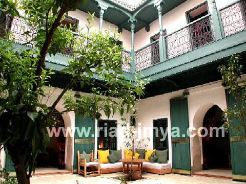 Main courtyard view2