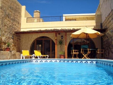 The private large pool area