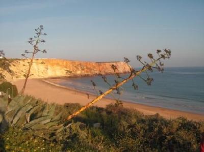 Mareta Beach ( 3 min. walk )
