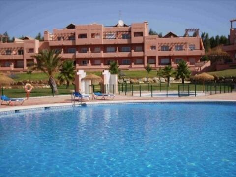 Poolside Casares del Sol self catering apartment