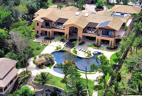 This is a magnificent vacations villa in Cabrera, Dominican Republic