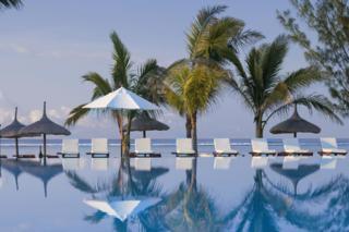 Moevenpick Resort and Spa pool