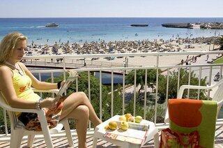 Playa Moreia Apartments view