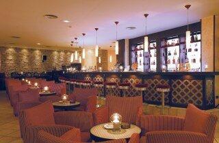 Sandy Beach Hotel bar