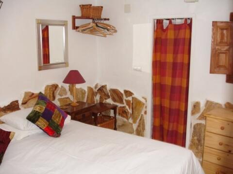 Cottage en-suite bedroom