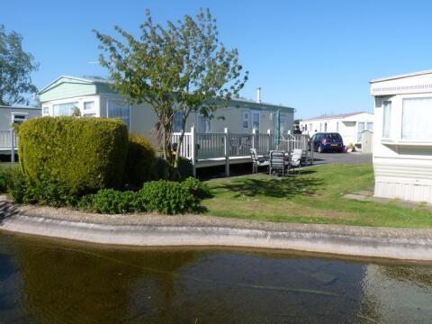 caravan in skegness to rent