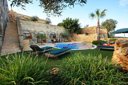 Beautiful Pool View of our Farmhouses