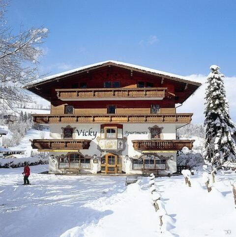 Apartmenthouse in Winter