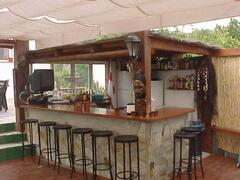 new private bar open 4 nights per week with jacuzzi