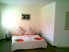 HOSTEL BERLIN HOLIDAY APARTMENTS FLATS CITYCUBE bedroom guestroom accommodation center central MITTE housing lodging vacation rental