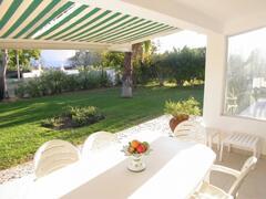Livingroom covered terrace