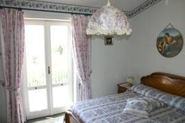 Double bedroom with balcony