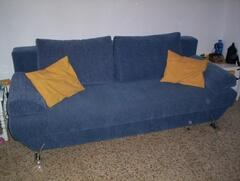 Sofa-bed (closed)