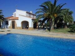 Property Photo: luisa and pool