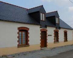 Property Photo: La Hirondelle