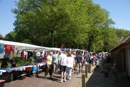 Market day in Diever