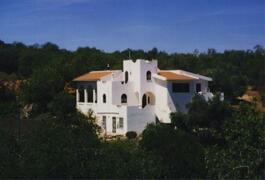 Property Photo: O Pequeno Castelo