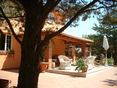villa and verandah