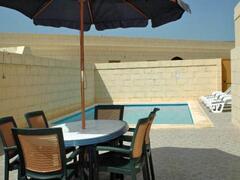 Pool - Al fresco dining facilties