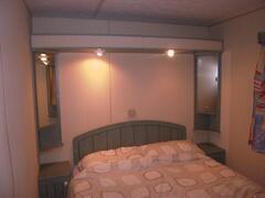 bedroom in 3 bedroom mobile