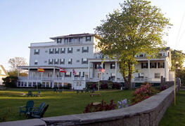 Property Photo: Emerson Inn By The Sea