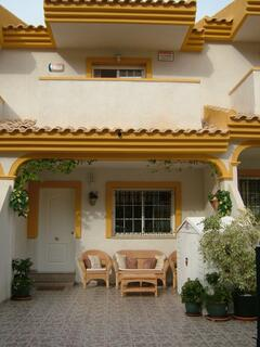 Property Photo: Luxurious 3/4 bed,2 bath townhouse a large com/pool and beach front
