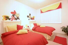Property Photo: Disney Themed Twin Bedroom