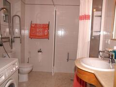 Ground floor : shower room accessible for wheelchair