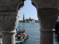 Property Photo:  > touristic picture <