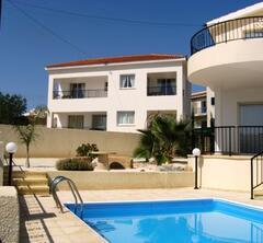 Property Photo: Villa Petaluda