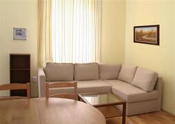 Property Photo: VIVALDI FLAT