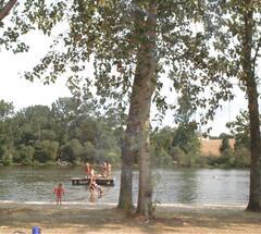The lake at nearby Etagnac