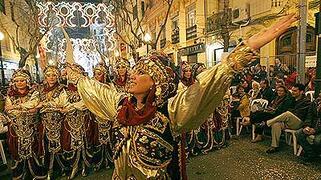 Moros y Cristianos. Parades & Festivals
