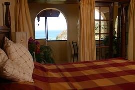 Room Tamarind