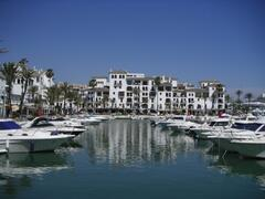 Duquesa Marina, 4km - great restaurants