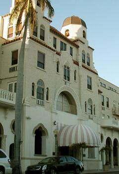 Property Photo: Palm Beach Hotel