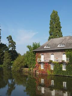 Malestroit- by the Nantes-Brest Canal