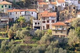 CASA GINESTRA and its position in the village