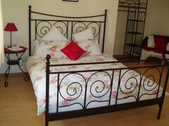 Property Photo: poppies bedroom