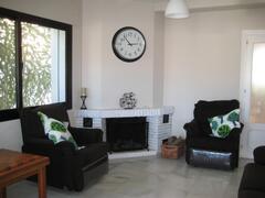 Salon with chimenea