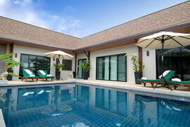 Property Photo: infinity edge pool