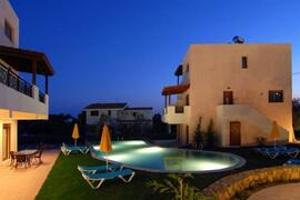 Property Photo: villa by night