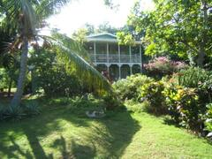 Property Photo: Traditional Jamaican House