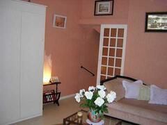 Property Photo: main room