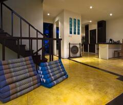 Property Photo: Entering Main Floor