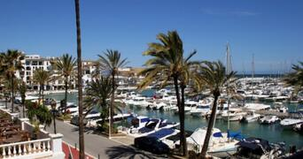 Puerto De La Duquesa is a very attractive small port with a laid back feel to it.