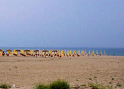 Safe sandy beach 500 mts.with free shuttle bus in summer months